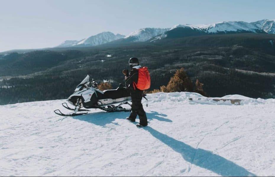 How To Clean Snowmobile Helmet Shield