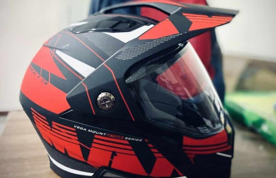 How Often Should Your Snowmobile Helmet Be Replaced